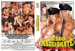 ad890-LesboMaggiorateAllaStazioneDiPolizia.jpg